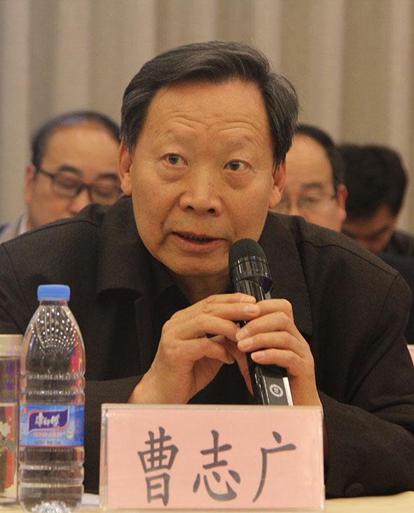 8南阳市慈善总会常务副会长曹志广现场发言.jpg